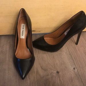 Steve Madden black Proto pumps heels size 6 1/2